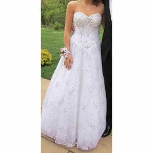 Tony bowls white prom dress